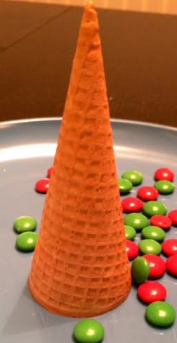 The Sweetest Temptations: DIY Waffle Cone Christmas Tree