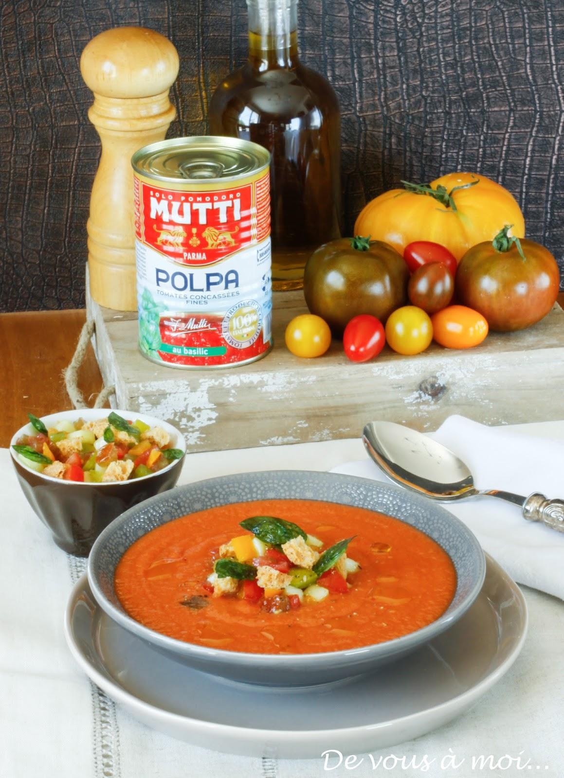 de vous moi soupe froide a la tomate et panzanella. Black Bedroom Furniture Sets. Home Design Ideas