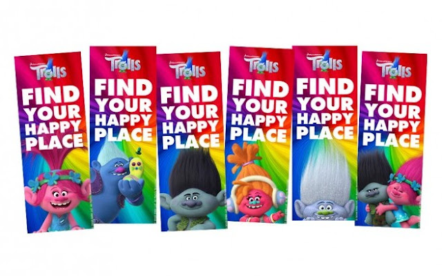 Trolls: Free Printable bookmars.