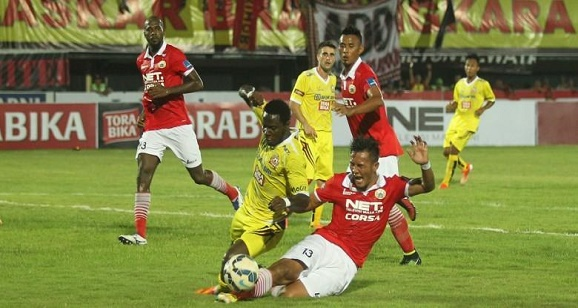 Kesebelasan PS Polri Bantai Persija, Piala Bhayangkara di Stadion Kapten Gianyar