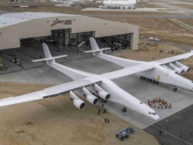 Roc Stratolaunch, Pesawat Terbesar di Dunia Terbang Perdana di Atas California