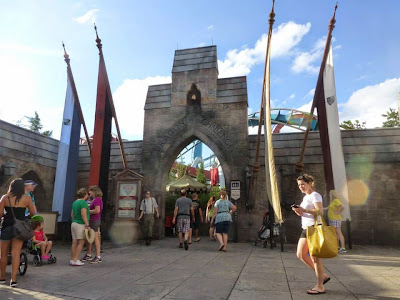 Dragon Challenge Universal Studios