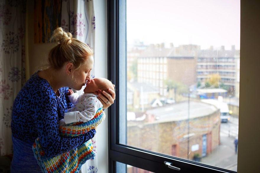 omorfos-kosmos.gr - Συγκινητικά πορτρέτα γυναικών την πρώτη ημέρα της μητρότητας τους