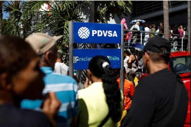 """INCOMPETENTE Y EMBUSTERO: Trabajadores de PDVSA protestaron contra """"cagada de gestión"""" de Quevedo"""