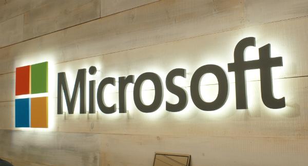تقارير: مايكروسوفت تعمل على مشروعها المثير Microsoft Andromeda