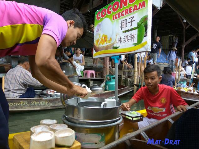 Tempat Menarik di Bangkok Thailand Floating Market