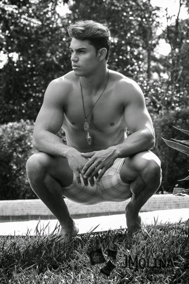 Hot Men From Central America: Esteban Díaz from Costa Rica