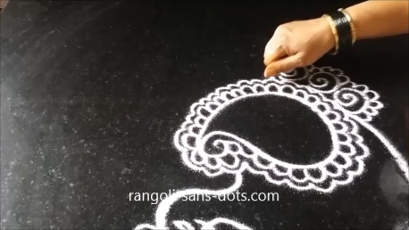free-hand-drawing-designs-of-peacock-rangoli-1ag.png