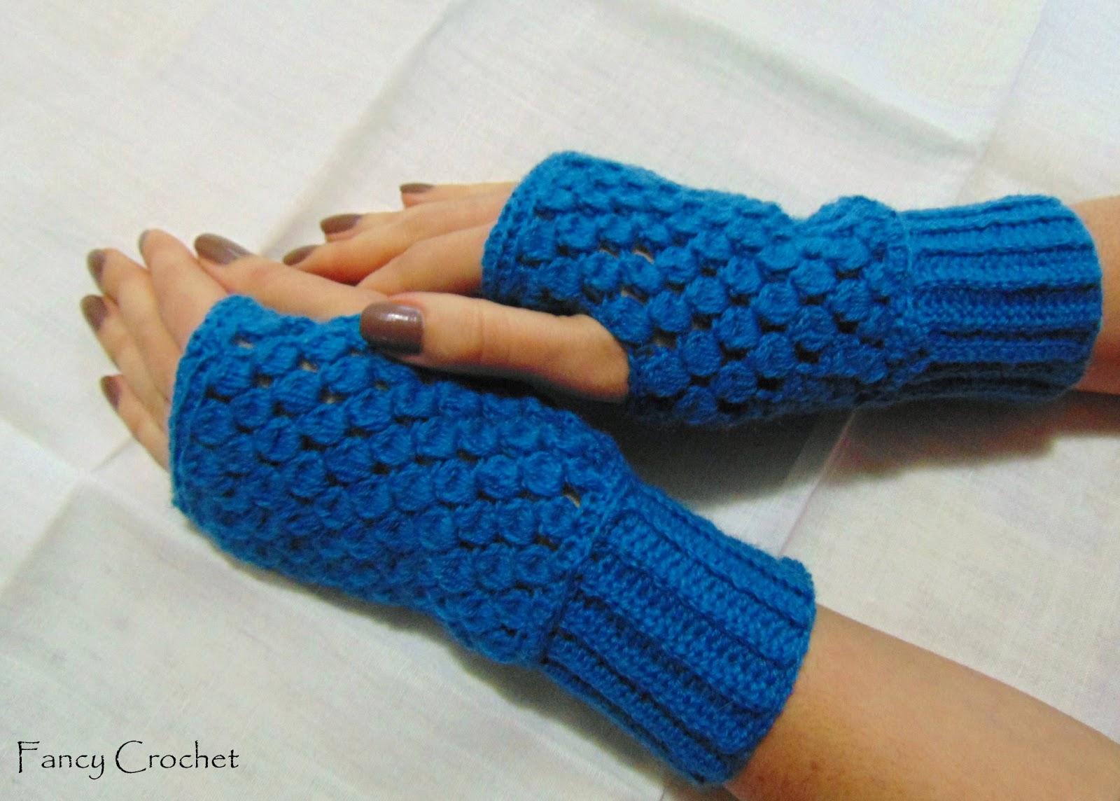 Fancy crochet mezzi guanti color ottanio for Color ottanio