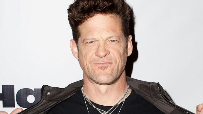 JASON NEWSTED vuelve a interpretar ONE de Metallica.