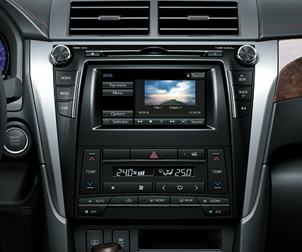 Toyota Camry 2.5Q được trang bị đầu DVD cao cấp
