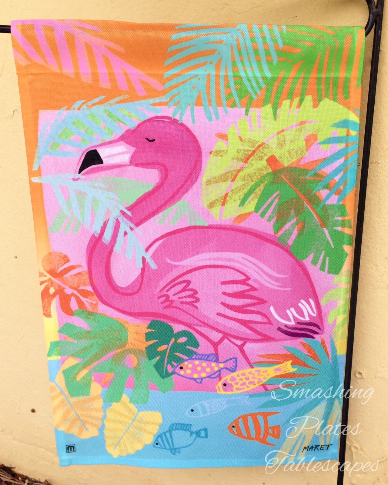 Smashing Plates Tablescapes Flamingo In To Summer