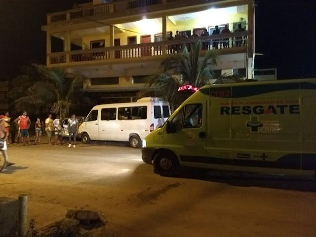 http://vnoticia.com.br/noticia/2348-jovem-de-18-anos-furta-van-em-santa-clara-e-provoca-acidente-na-praia-dos-sonhos