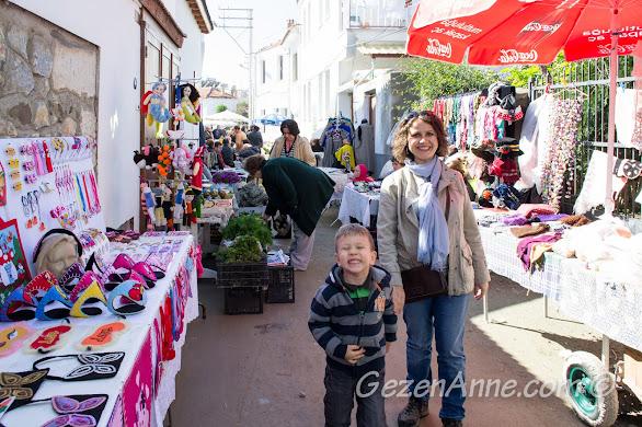 Sığacık pazarında oğlumla dolaşırken, Seferihisar İzmir