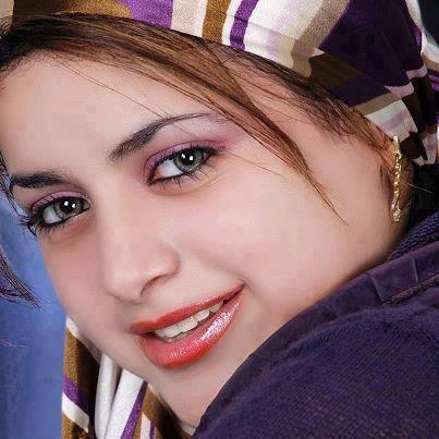 سها من القاهرة 27 سنة