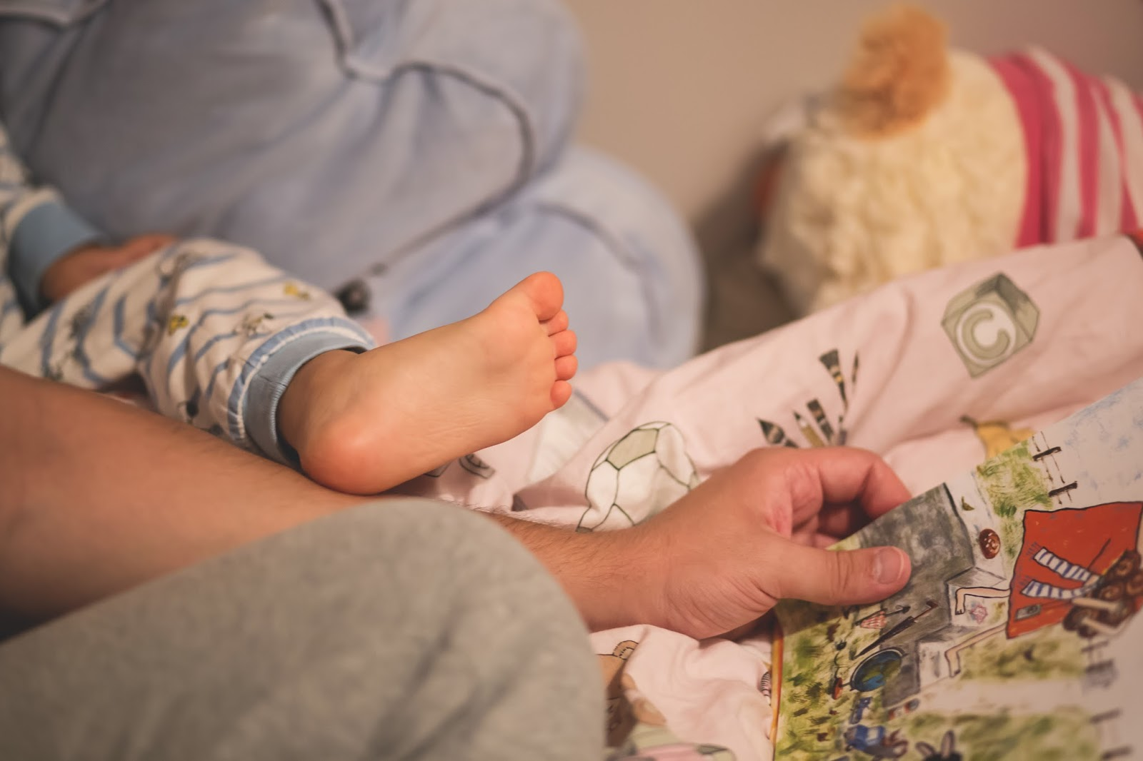 How to Raise a Smart Baby - WebMD