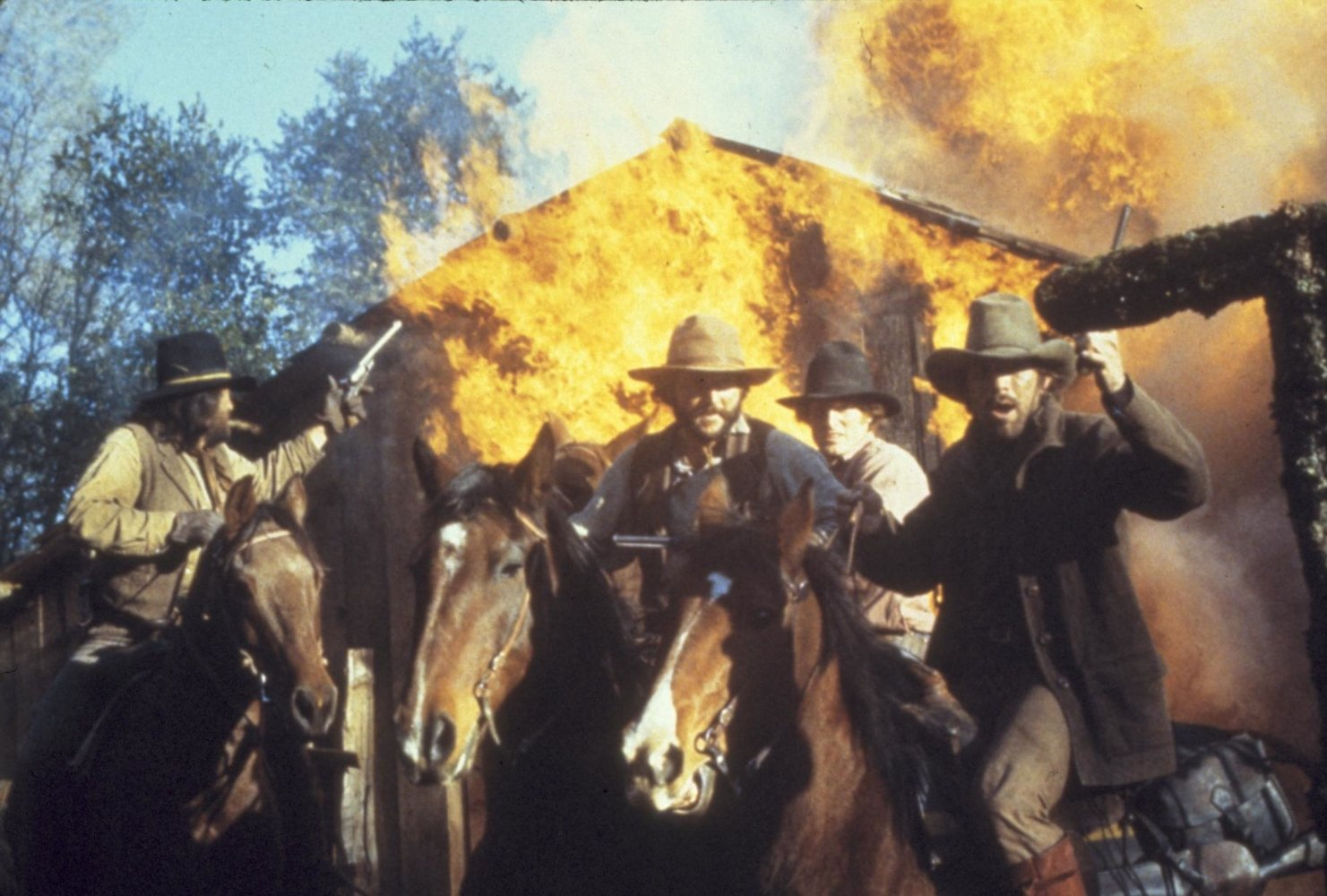 the outlaw josey wales 1976 full movie watch in hd