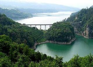 Ricerca scolastica sul lago, caratteristiche e informazioni