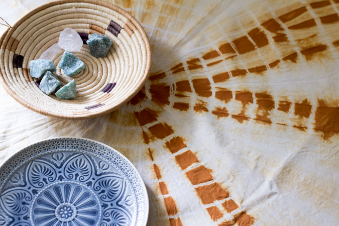 DIY Shibori Tie-Dye marine Textilfarbe Tischdecke Kissenbezug färben gestalten basteln selbermachen do-it-yourself