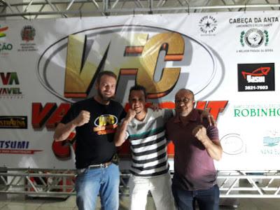 Mais de 900 pessoas prestigiam Vale Fight Combat em Sete Barras