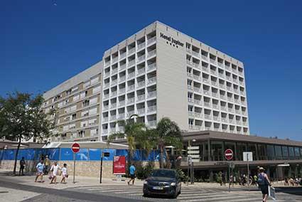 Hotel Jupiter, Praia da Rocha, Algarve, Portugal.