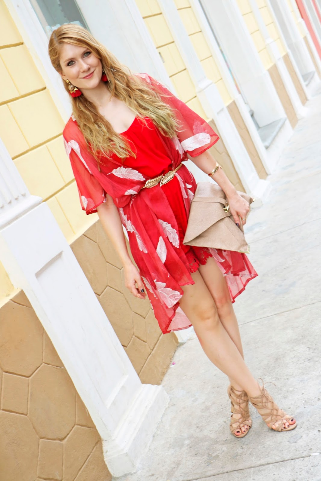 Click through for more Kimono outfit ideas