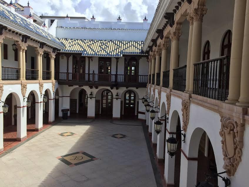 Con mucho gusto mario restaurante casa de espa a viejo for Restaurante puerto rico madrid