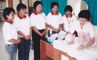 Pelatihan cara merawat bayi bagi calon TKW di BLK