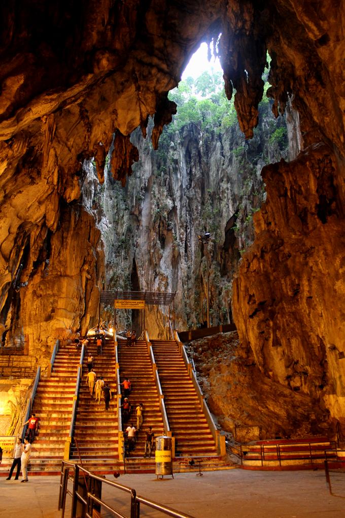 Batu Caves - Kuala Lumpur - The Wayfarer