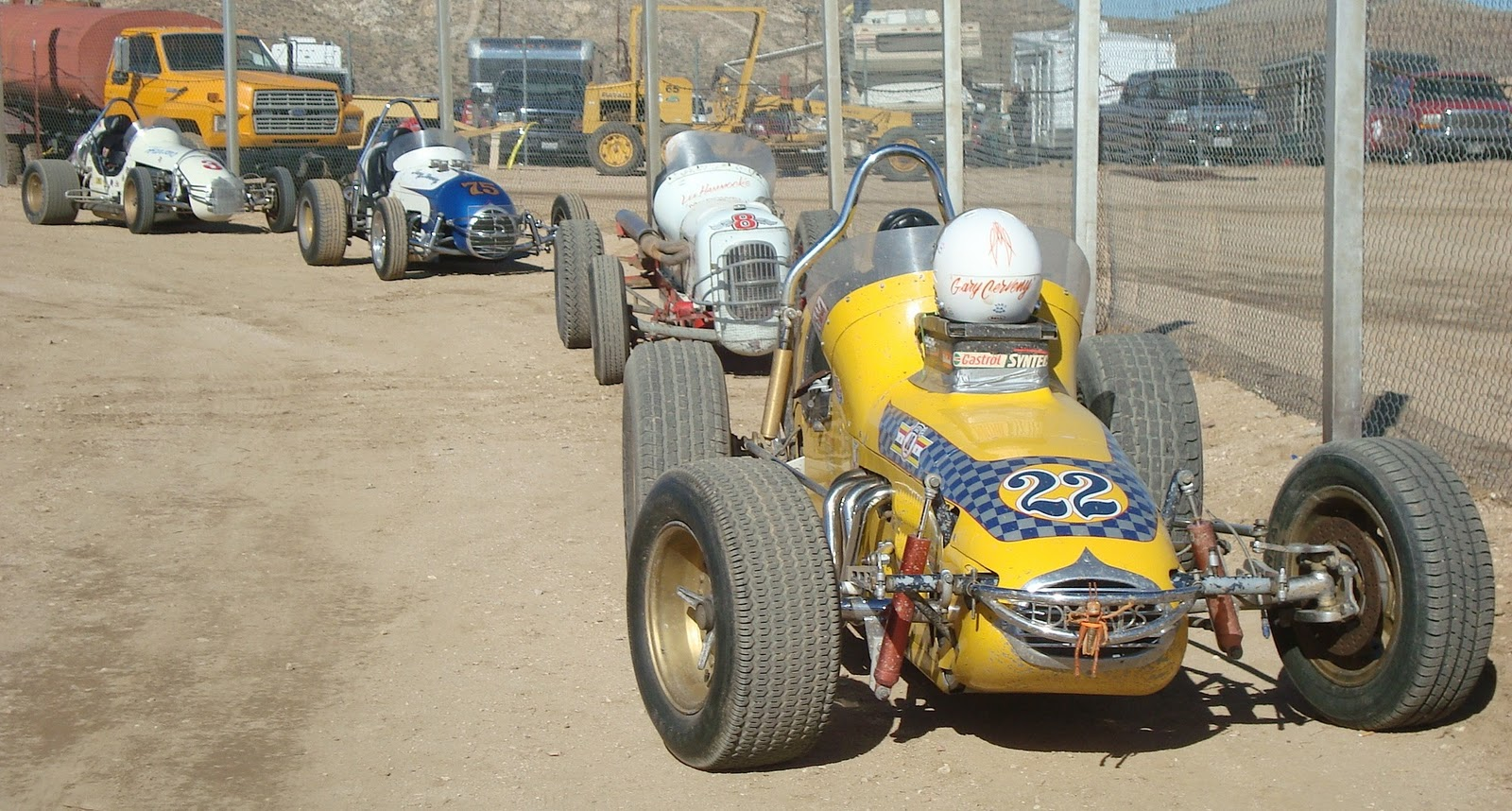 the hot rod disorder vintage sprint midget dirt track meet at willow springs. Black Bedroom Furniture Sets. Home Design Ideas