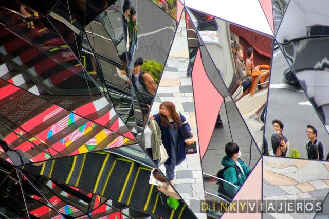 Entrada del centro comercial Tokyu Plaza Omotesandō Harajuku