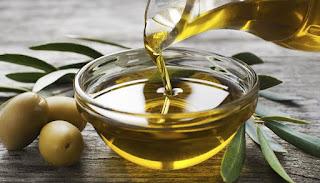 aceite de oliva para echar cuerpos extraños