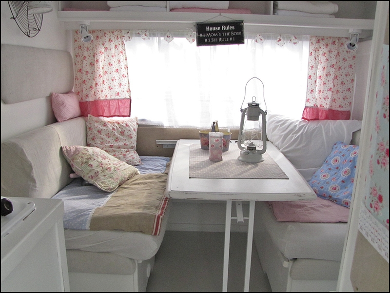 anyone can decorate camping in vintage chic style. Black Bedroom Furniture Sets. Home Design Ideas