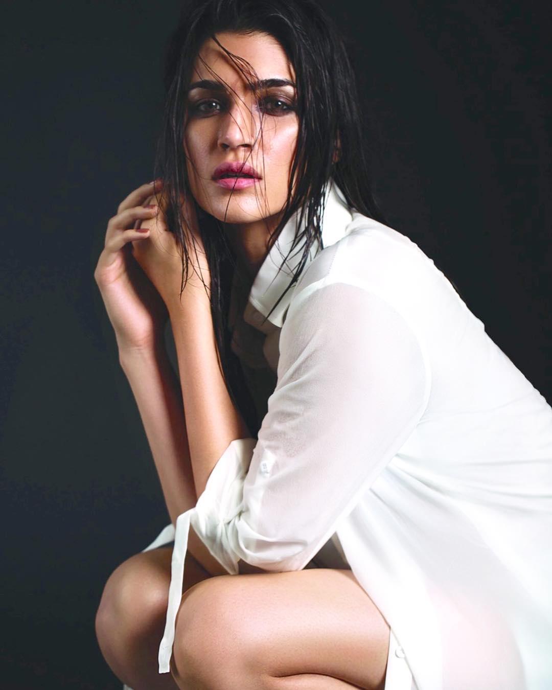 Kriti Sanon Photos   Bollywood Actress