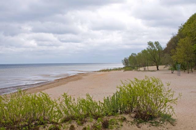 plaża w Pucku, zatoka pucka, wygląd, piasek