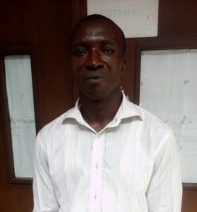 Photo: Internet fraudster sentenced to community service for swindling unsuspecting Nigerians of their money