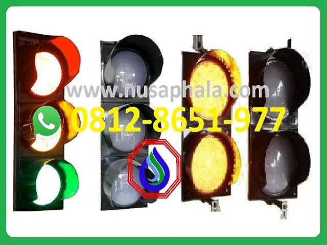 Lampu Traffic Light Tiang Lampu Jalan 0812 8651 977