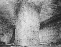 Pilar dentro de una mina de sal