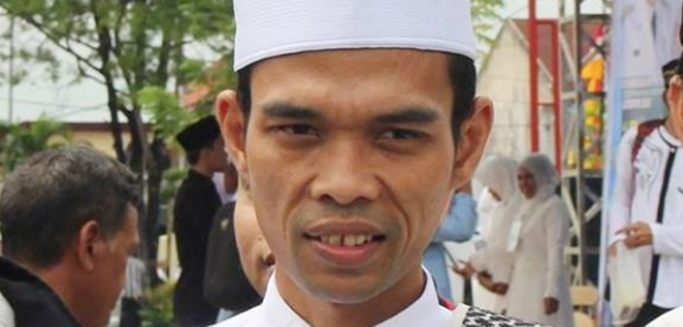 Daftar Tim Kampanye Prabowo – Sandi Beredar, Ustadz Abdul Somad Protes