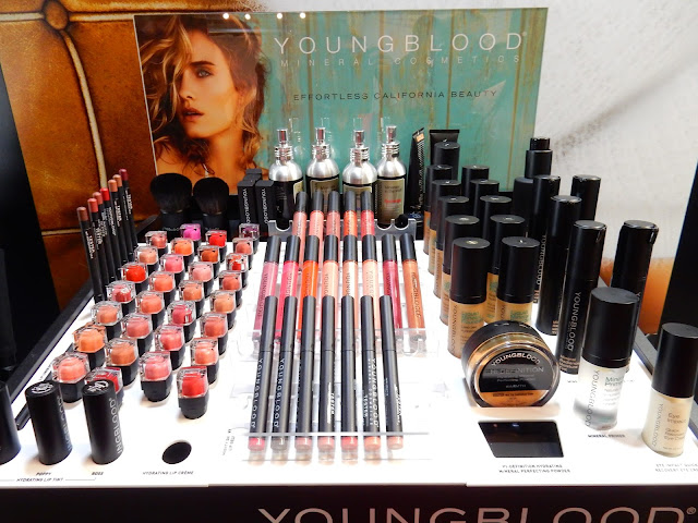 Youngblood Cosmetics at The Makeup Show L.A. 2017 - www.modenmakeup.com