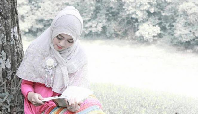 Wajib Tahu! Inilah 10 Sifat Istri Yang Bikin Rezeki Suami Lancar