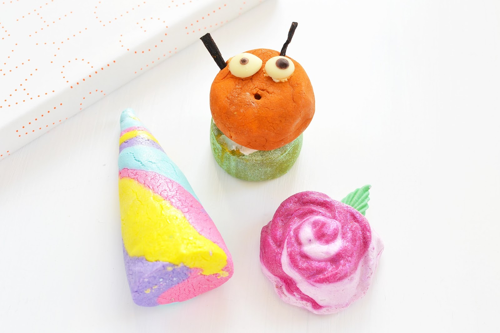 LUSH bubble bars, lush bubbleroon, lush unicorn horn, rose bubble bar