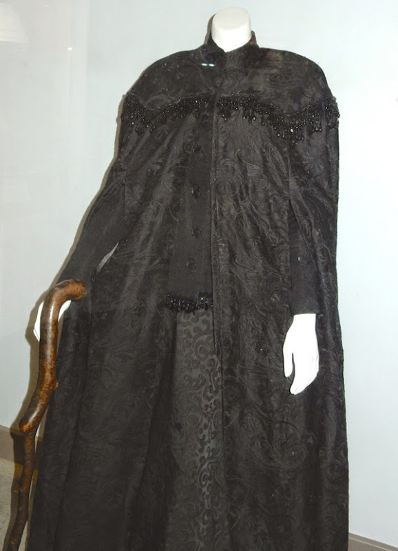 Nanny McPhee Returns movie costume