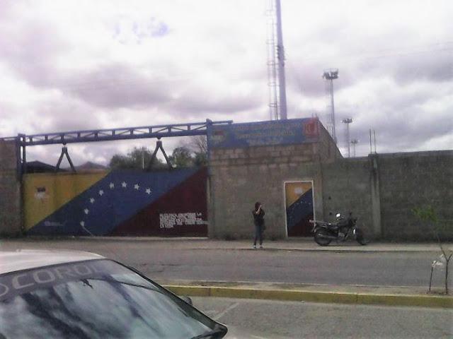 Sebin traslada a funcionarios de Polichacao hacia Cárcel 26 de Julio