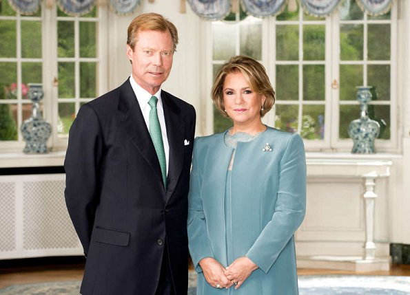 new official photos of Grand Duke Henri of Luxembourg and Grand Duchess Maria Teresa of Luxembourg