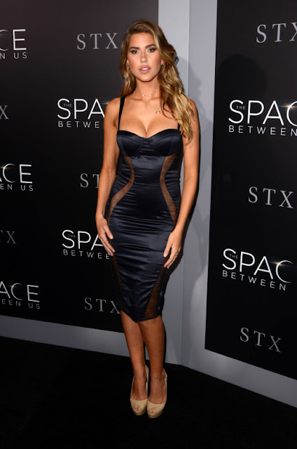 Kara Del Toro - The Space Between Us Premiere
