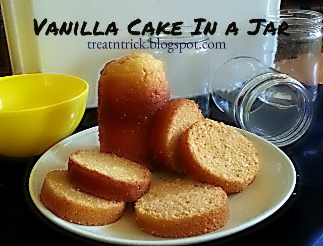 Vanilla Cake In a Jar Recipe @ http://treatntrick.blogspot.com