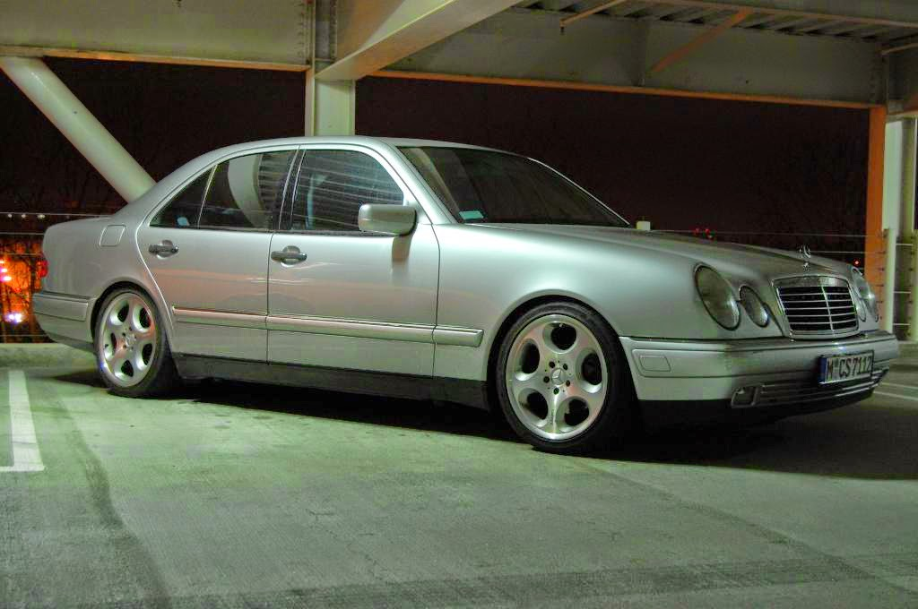 mercedes benz w210 e320 with brabus wheels benztuning. Black Bedroom Furniture Sets. Home Design Ideas