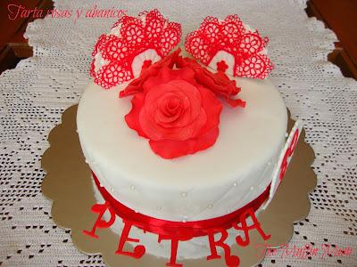 Tarta rosas y abanicos
