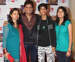 Raju Srivastav Family Wife Son Daughter Father Mother Age Height Biography Profile Wedding Photos